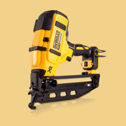Toptopdeal Dewalt DCK264P2 18V Brushless Nailer Twin Pack With 2 X 5.0Ah Batteries & Charger In Case 7