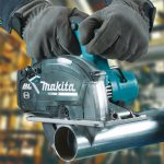 Toptopdeal Makita DCS553z 18v LXT Li ion Cordless Brushless 150mm Metal Cutting Saw Body Only