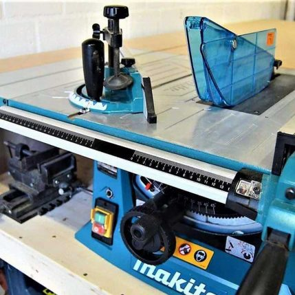 Toptopdeal Makita MLT100N 260mm Table Saw 1