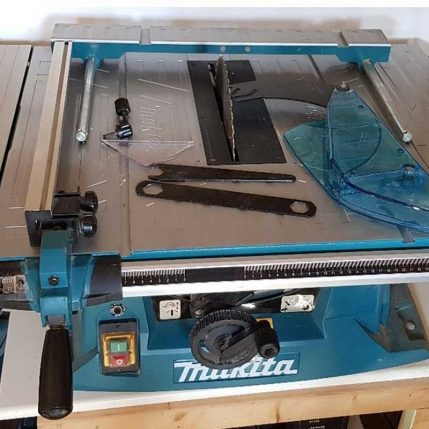Toptopdeal Makita MLT100N 260mm Table Saw