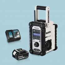 toptopdeal Makita DMR109W 18v LXT-CXT Job Site Radio White & 1 x 5-Ah Battery Charger