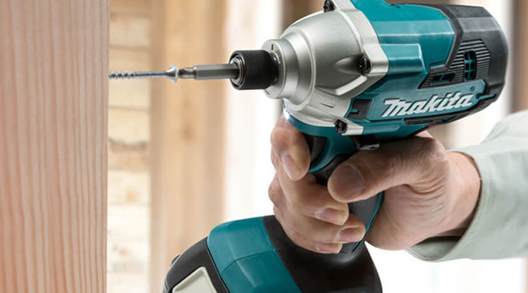 Toptopdeal-18V-IMPACT-DRIVER-LXT-DTD156Z